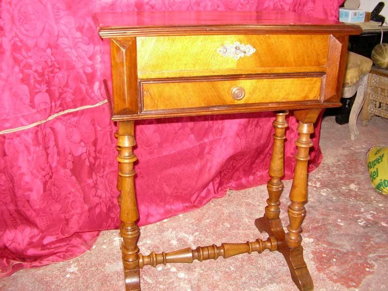 Restauraci n de muebles de madera ana basanta mueble for Mueble costurero